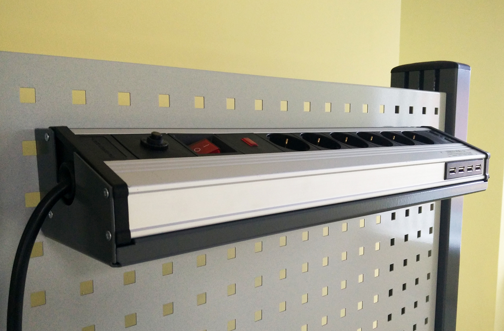 On-Panel Electric Board